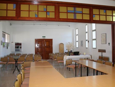 Large multi-functional meeting room for events, seminars or conferences